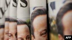 Naslovne stranice londonskog Times-a sa likom konzervativnog lidera Davida Camerona