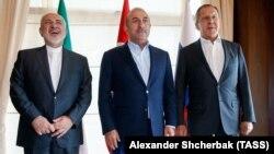 Մոհամադ Ջավադ Զարիֆը, Մևլութ Չավուշօղլուն և Սերգեյ Լավրովը Անթալիայում, 19-ը նոյեմբերի, 2017թ․