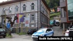 Bježanje od odgovornosti za poraz: Srebrenica