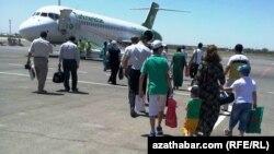 Aşgabat-Stambul aralygynda biletler 'tapdyrmaýar'