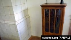 Кніжная шафа, прывезеная зь Яраслаўлю
