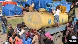 На месте, где еще недавно проживало более 200 семей ингушских беженцев, теперь - пастбище