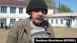 Сергей Соловьяненко, житель села Бектау Акмолинской области. Май, 2012 год.