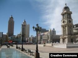 Площадь Век в центре городского уезда Маньчжурия
