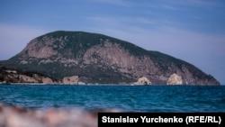 Ілюстративне фото. Гора Аю-Даг у Криму