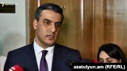 Омбудсмен Армении Арман Татоян беседует с журналистами, Ереван, 11 февраля 2019 г․
