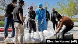 ظرف ۲۴ ساعت گذشته ۱۱۷ تن در نتیجۀ ابتلا به این ویروس در ایران جانباخته اند.