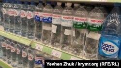 Вода минеральная «Моршинская» на полках севастопольского супермаркета