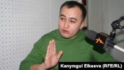 """Илим Карыпбеков """"Азаттыкта"""" 20-январь, 2012."""