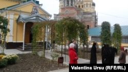 La mănăstirea Hâncu