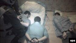 Архівне фото: затримання підозрюваних ісламістів російськими спецслужбами