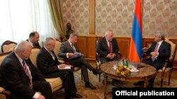 ՄԽ համանախագահները Երևանում հանդիպեցին նախագահի, ԱԳ և պաշտպանության նախարարների հետ