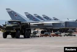 Самолеты ВВС России на базе Хмеймим в Сирии. Июнь 2016 года