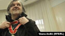 Agencija za borbu protiv korupcije Srbije utvrdila da je Kusturica prekršio četiri člana Zakona o Agenciji