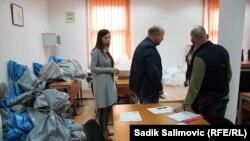 Glasački listići iz Srebrenice nakon izbora otpremljeni su na brojanje u Sarajevo