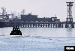 Naftna polja na ostrvu Kharg