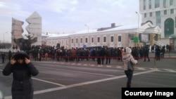Желтоқсан құрбандарын еске алу рәсімі. Алматы. 17 желтоқсан, 2014 жыл.