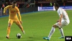 Стрелецот на голот Агим Ибраими на мечот против Србија.