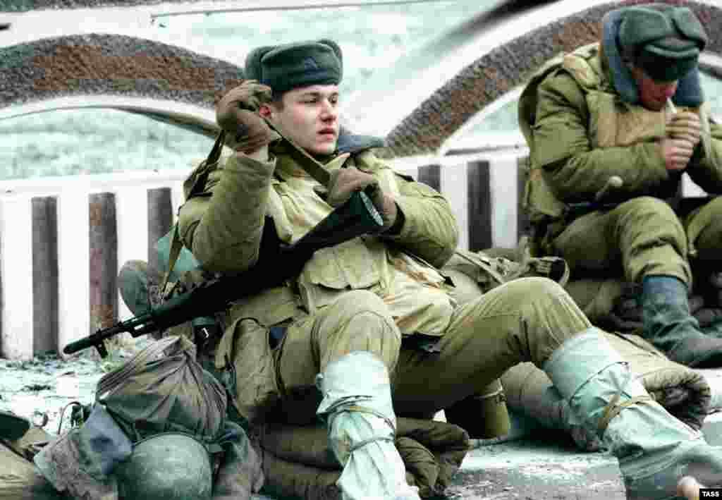 Российская армия в Моздоке, 19 декабря 1994.