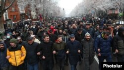 Armenia -- Opposition supporters demonstrate in Yerevan to demand Prime Minister Nikol Pashinian's resignation, February 2021.