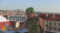 Доля заробітчанина: працювати в Чехії, мріяти