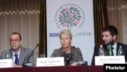 Armenia - Heidi Tagliavini (C), head of an OSCE election monitoring mission, and her deputy Stefan Krause (L) hold a press conference in Yerevan, 11Jan2013.
