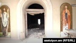 Շուշիի Սուրբ Ղազանչեցոց եկեղեցին ադրբեջանական հրթիռակոծությունից հետո։ Հոկտեմբեր, 2020
