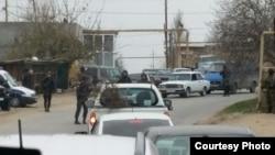 Nardaran, Baku, 29 november, police patrol on roads