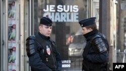 Порис: кормандони пулис баъди ҳамла ба Charlie Hebdo. 11 январ, 2015
