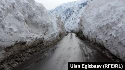 Бишкек-Ош жолундагы кар. 25-февраль, 2014-жыл.