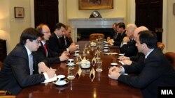 Архивска фотографија - Средба на премиерот Никола Груевски и американскиот потпретседател Џо Бајден во Белата куќа.