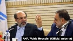 حمید میرزاده (چپ) رئیس برکنار شده دانشگاه آزاد، در کنار جانشینش علیمحمد نوریان
