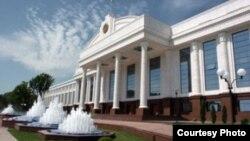 Здание Сената Олий Мажлиса (верхней палаты парламента) Узбекистана.