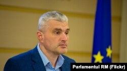 Parlamentarul Platformei DA, Alexandru Slusari