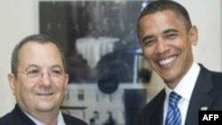 باراک اوباما (راست) رییس جمهوری آمریکا در کنار اهود باراک، وزیر دفاع اسرائیل.