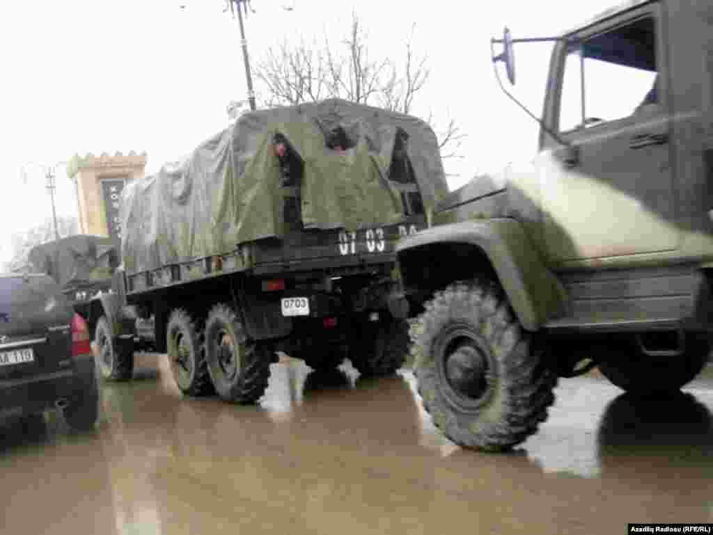Автотехника внутренних войск МВД Азербайджана