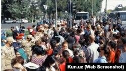 На место конфликта в Сергелийском районе прибыли власти Ташкента. Фото с сайта Kun.uz.
