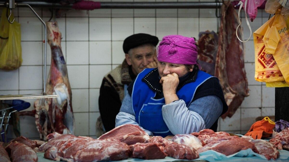 Киев: городская власть запрещает работу всех рынков на время карантина