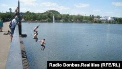 Як проводять літні вихідні і відпустки жителі окупованих міст?