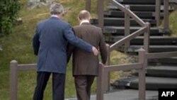 بوش در سال 2007 پوتین را به مزرعه شخصی اش دعوت کرد تا شکاف مسکو - غرب را کمتر کند.