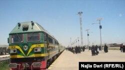 احد القطارات العراقية