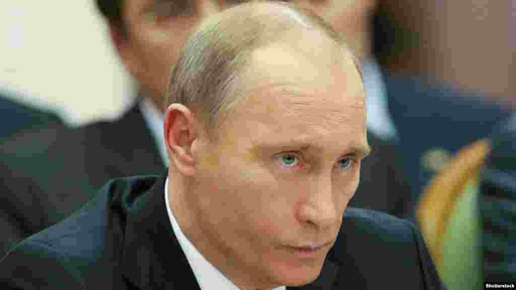 Премьер-министр России Владимир Путин во время рабочего визита в Украину. Октябрь 2010 года.