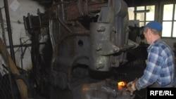 Во извозот најмногу учествуваат производите од железо и челик