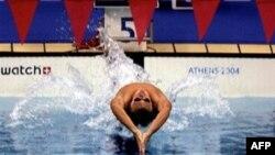 Спорт позволил многим людям преодолеть недуги и болезни и вернуться к полноценной жизни. Плавание, в частности, помогло в этом Майклу Фелпсу