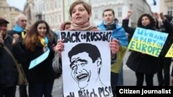 The Best Ukrainian Protest Signs