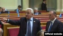 Під час пленарного засідання Верховної Ради України, 16 лютого 2010 року