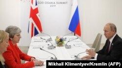 Тереза Мэй жана Владимир Путин. 28-июнь, 2019-жыл. Осака, Жапония.