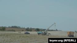 В Крыму разбирают взлетную полосу Багеровского аэродрома