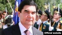 Президент Туркменистана Гурбангулы Бердымухамедову.