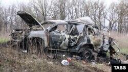Місія ОБСЄ зупиняла патрулювання в зоні конфлікту на Донбасі після підриву автомобіля спостерігачів ОБСЄ на Луганщині 23 квітня 2017 року і відновила їх з обмеженнями через два дні